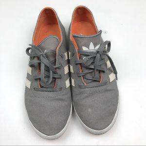 Adidas Sneakers Sz 6